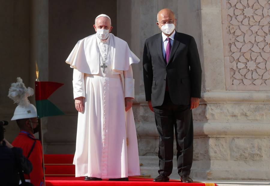 Inicia Papa Francisco histórica visita a Irak