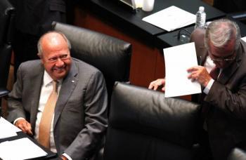 Una burla, que Romero Deschamps tome vacaciones hasta 2024, critica López Obrador