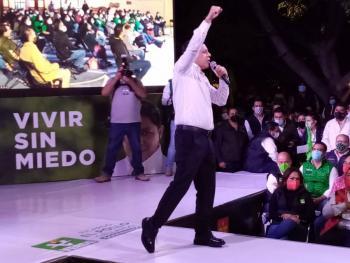 CON TOTAL PREFERENCIA CIUDADANA, ARRANCA EL POLLO GALLARDO SU CAMPAÑA A LA GUBERNATURA