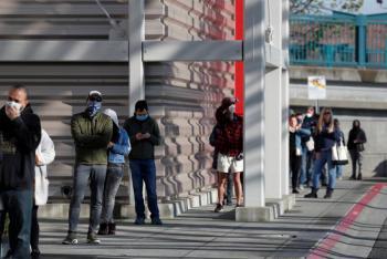 California destina el 40% de vacunas a los pobres