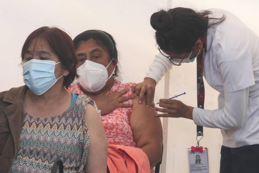En Azcapotzalco y Miguel Hidalgo, continuará la vacunación a adultos mayores contra COVID-19