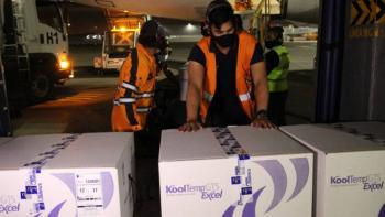 Ecuador recibe donación de 20,000 dosis de vacuna contra COVID