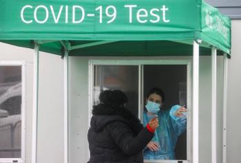 EEUU supera los 28.9 millones de contagios por COVID-19