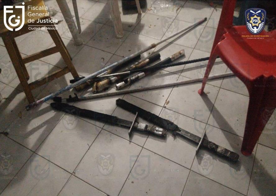 Confiscan bombas y armas durante cateo en Polanco previo a marcha del 8M