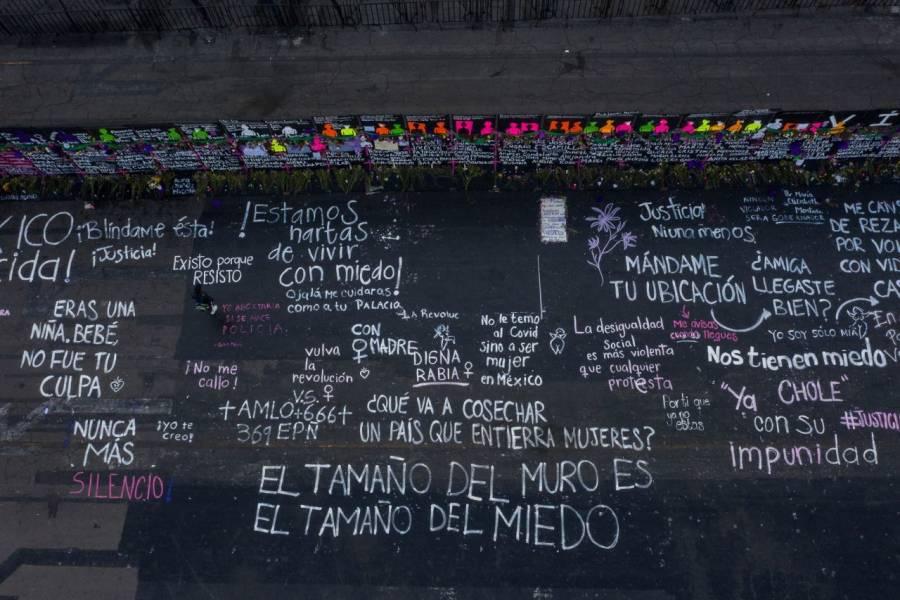 Piden conservar memorial a víctimas en vallas antimotines