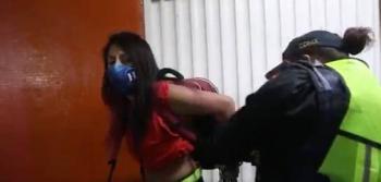 SSC suspende a policías que detuvieron a fotógrafas en el Metro Hidalgo