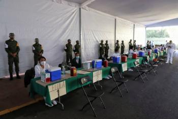 Vacunan Azcapotzalco y en la Miguel Hidalgo