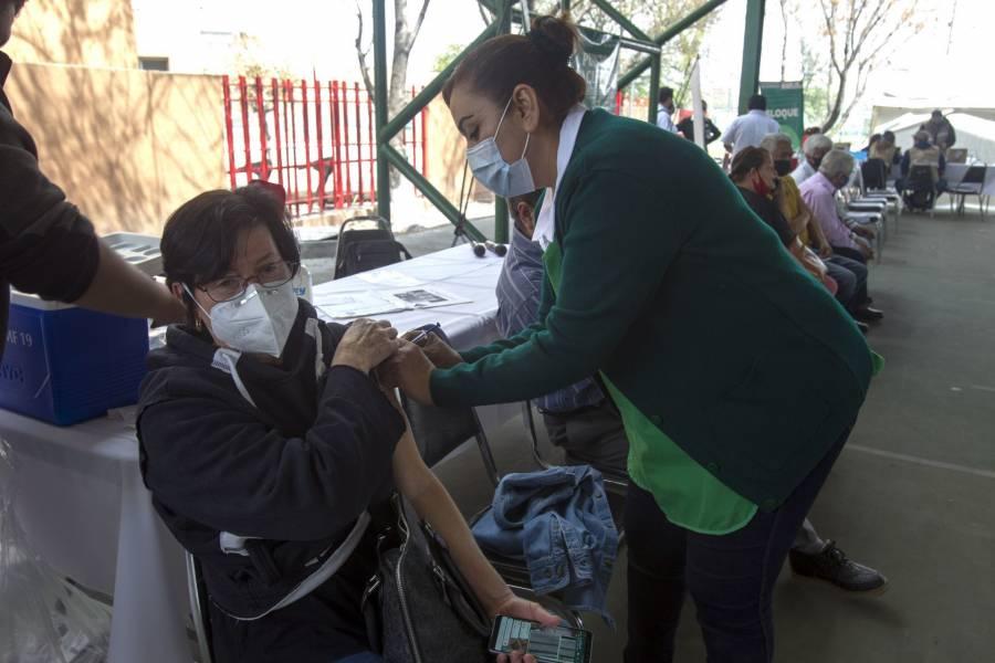 Medio millón de vacunas Covid-19 al día, promete Arturo Herrera