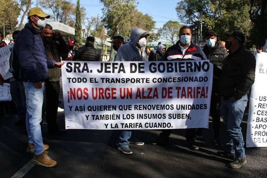 Semovi reitera apertura al diálogo con transportistas tras bloqueos en CDMX
