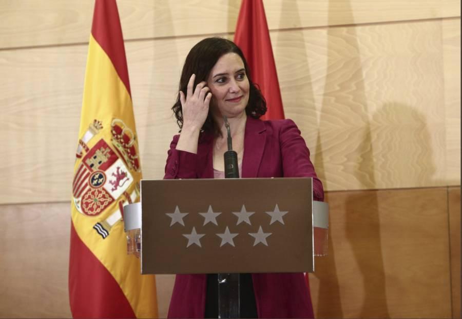 Mala gestión del Covid tira  a gobernadora de Madrid