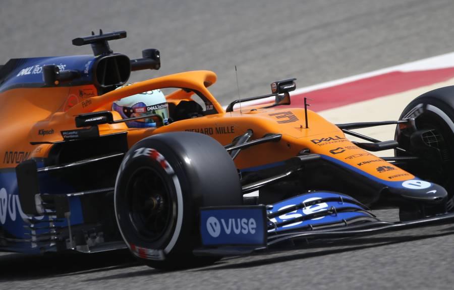 Mercedes sufre problemas en caja de cambios, Ricciardo lidera primeras prácticas de pretemporada F1