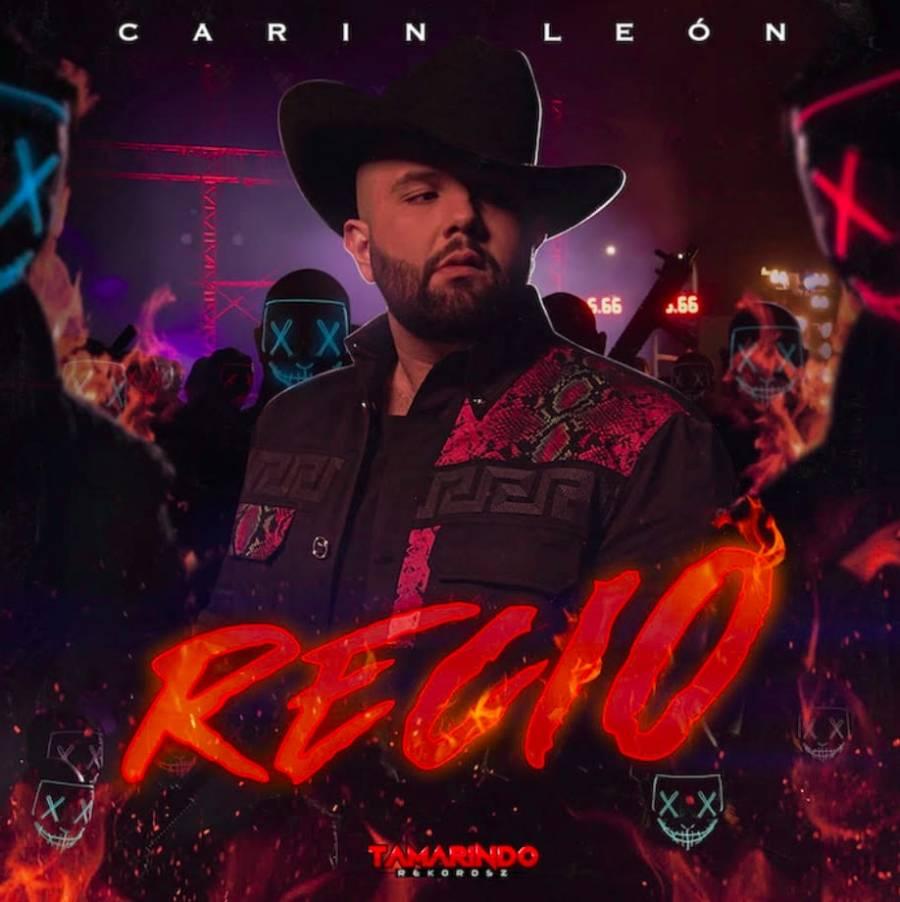"""Carin Leon lanza """"Recio"""" con lujos y excesos"""