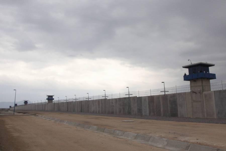 En CDMX, familiares de reos bloquean instalaciones del Sistema Penitenciario