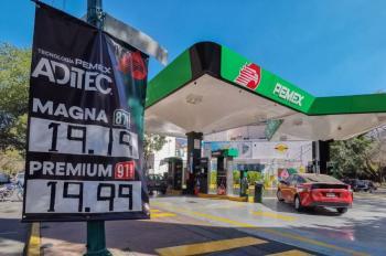 Promete AMLO que no habrá gasolinazos