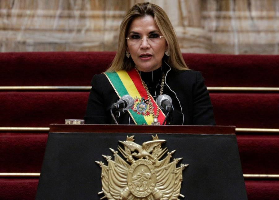 Detienen a la expresidenta interina de Bolivia, Jeanine Áñez