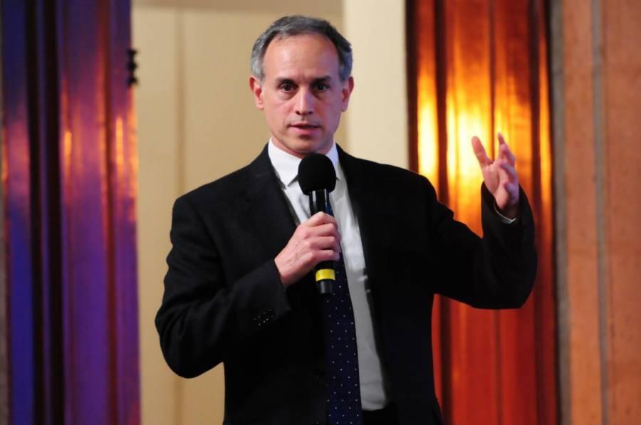 López-Gatell se reincorpora a reunión de gabinete, anuncia AMLO