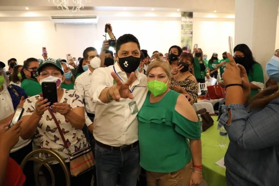 Promete Gallardo hospital y universidad gratuita en SLP