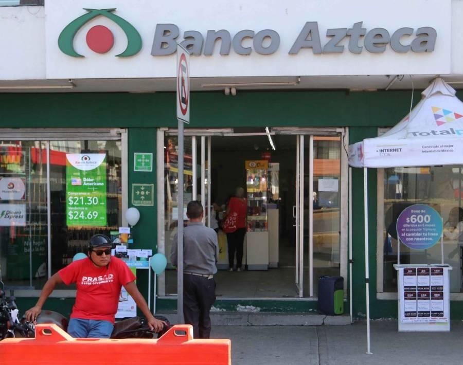 Detienen a pareja que defraudó a cliente de Banco Azteca y se suicidó por perder sus ahorros
