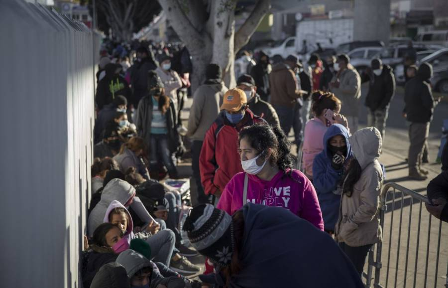 INM criminaliza a refugiados y fomenta violencia: ONG