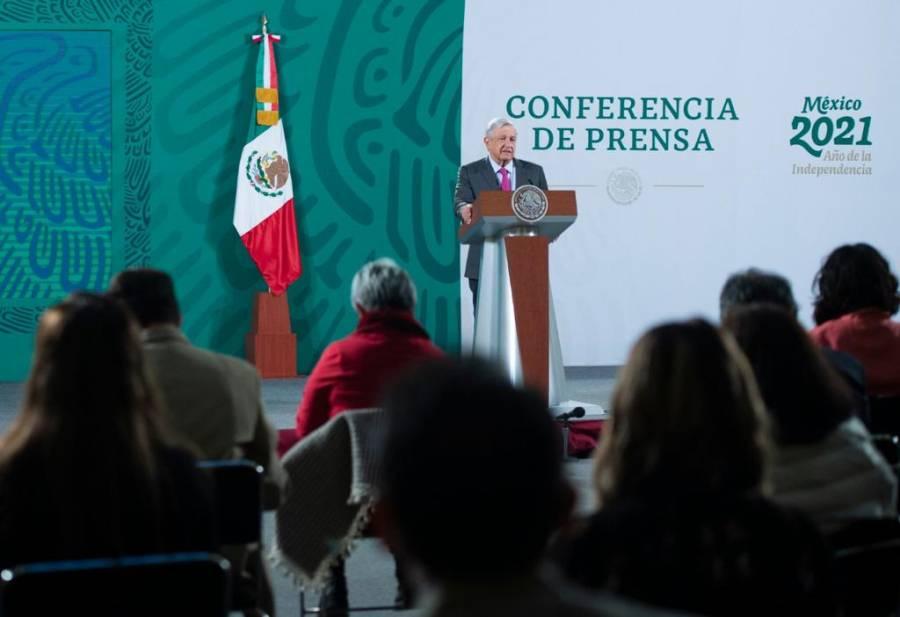 AMLO da pésame por muerte de Vicente Rojo