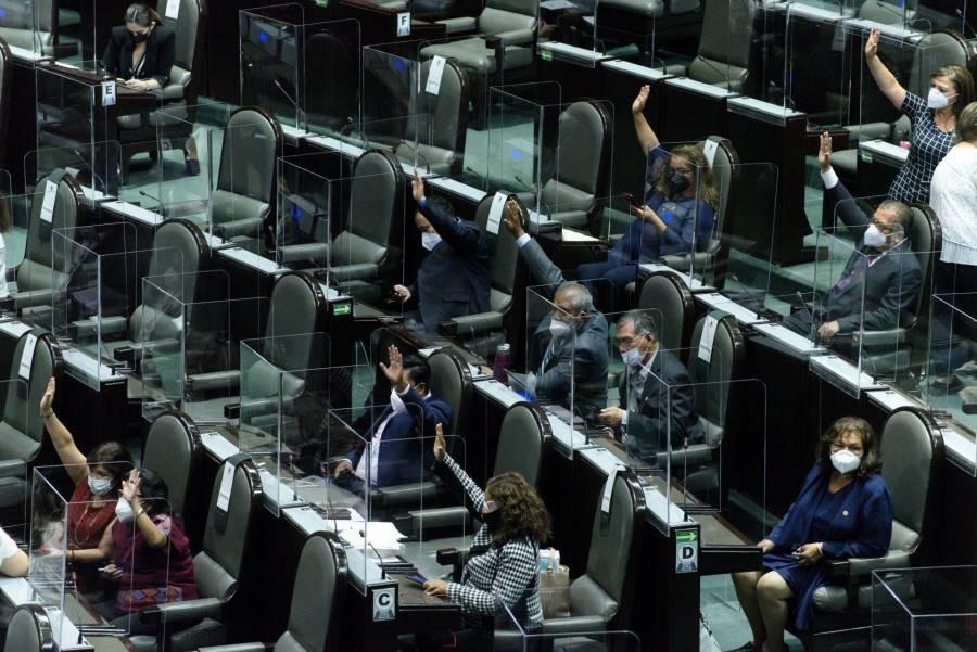 Morena presenta iniciativa para evitar suspensiones