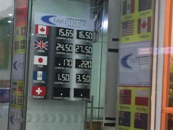 Peso mexicano pierde ante repunte global del dólar