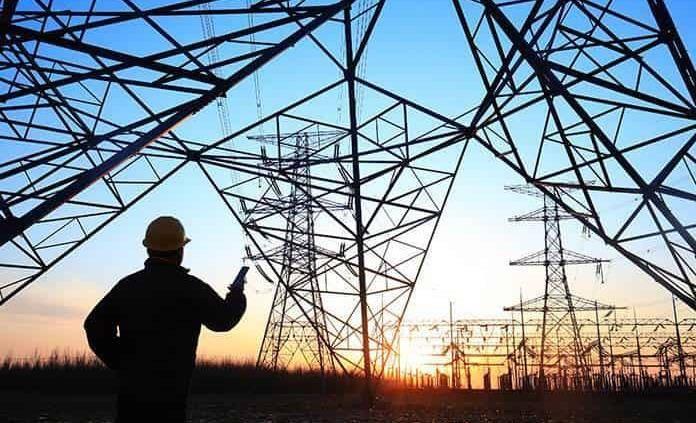 Otorgan más suspensiones provisionales contra reforma eléctrica de AMLO