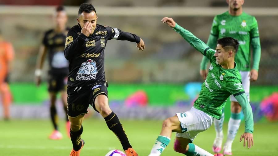 El Leon ganó ante el Santos 2-1
