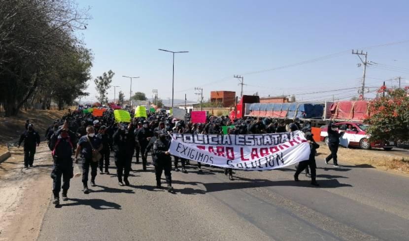 Elementos de Seguridad Pública en Oaxaca cumplen cuatro días de protesta