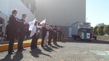 Arranca distribución de vacunas Cansino contra Covid, envasadas en México