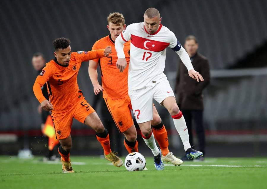 Holanda cae ante Turquía en inicio de eliminatorias europeas rumbo a Qatar 2022