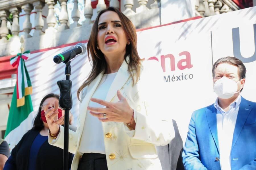Revelan video de Clara Luz Flores, aspirante de Morena a la gubernatura de NL, conversando con líder de NXIVM