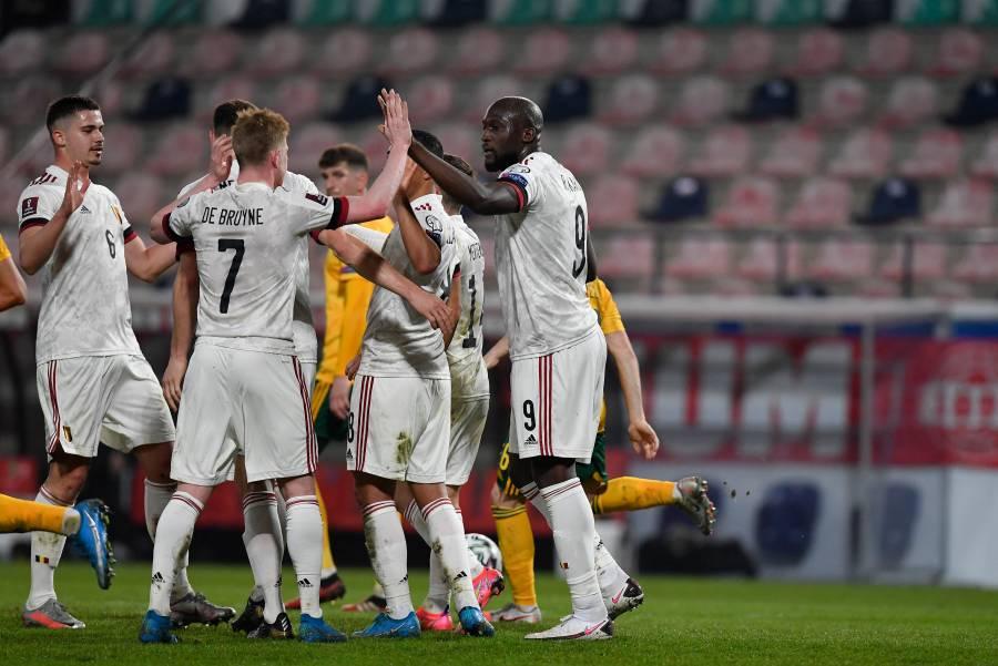 Bélgica se venga de Gales y empieza con buen pie rumbo al Mundial