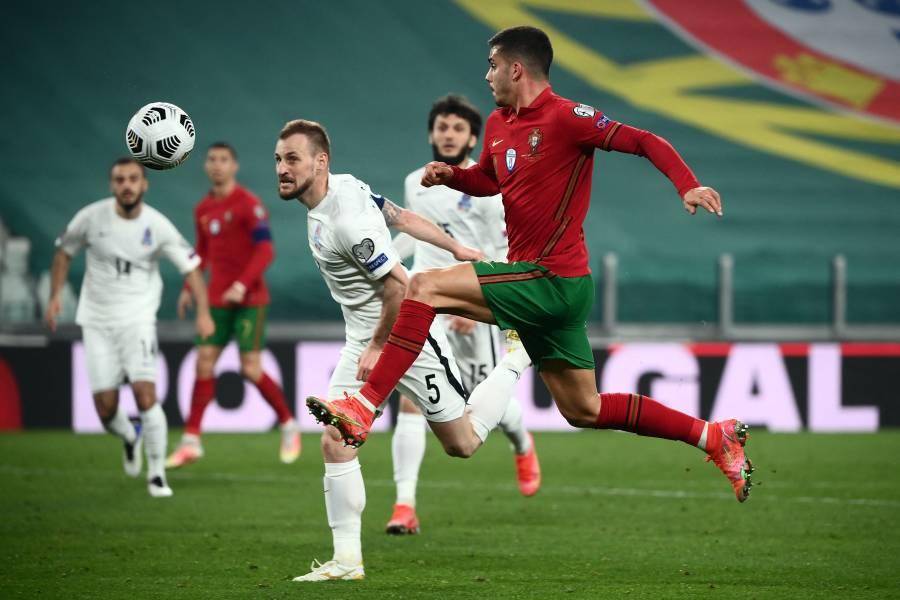 Una ineficaz Portugal derrota por la mínima a Azerbaiyán