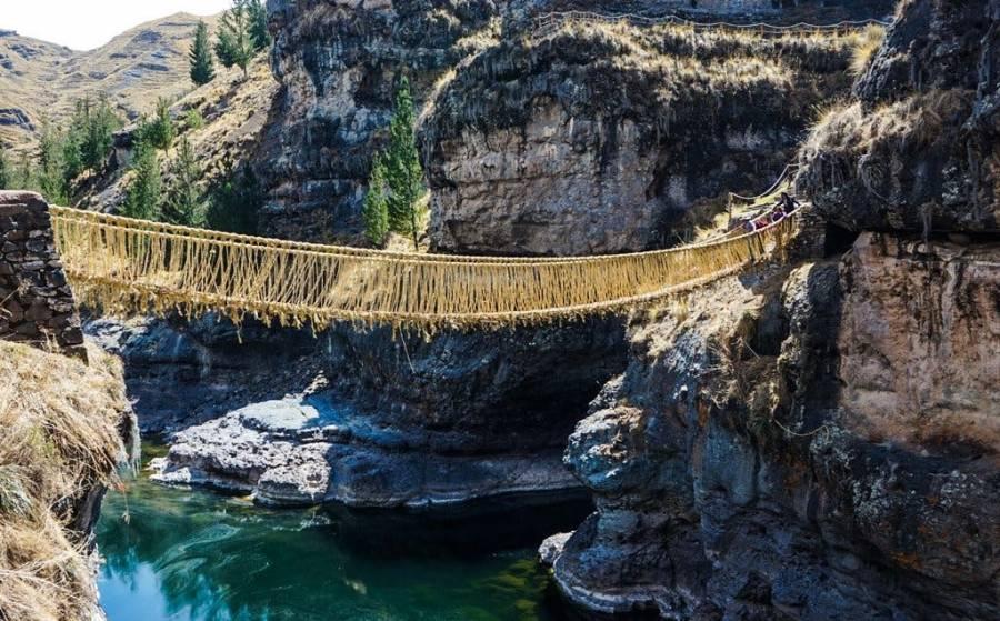 En Perú cae puente colgante debido a la falta de mantenimiento