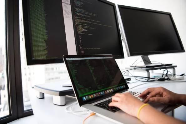 Empresas tienen especialistas en ciberseguridad, esperan invertir más en el campo