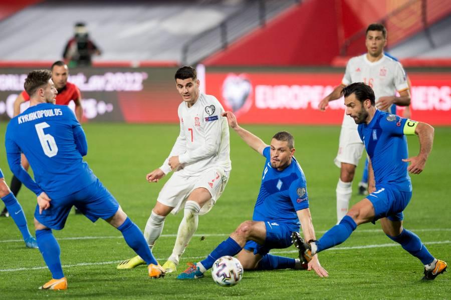 España tropieza con Grecia en el inicio del camino al Mundial