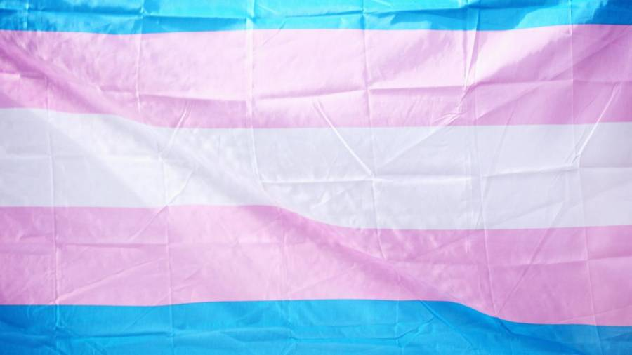 Una Mujer trans demandó a pastelero
