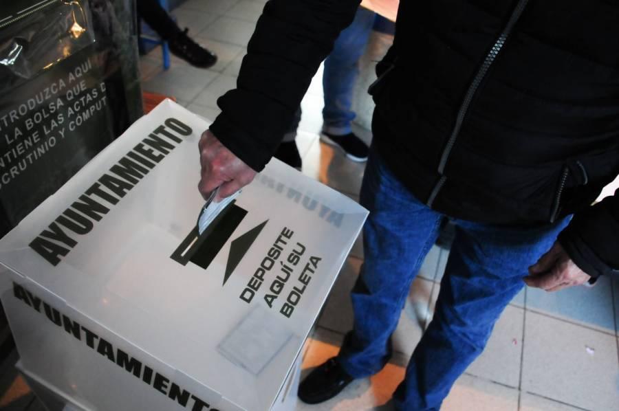 16.4% cree que un gobierno no democrático es mejor