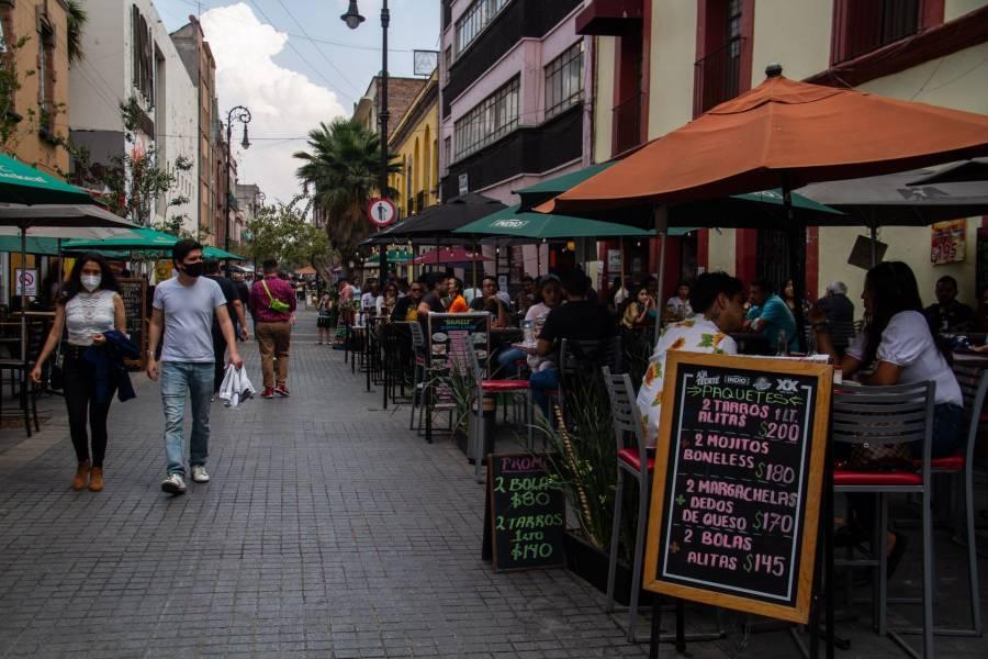 Restaurantes podrán atender a clientes en su interior hasta las 21 hrs en la CDMX