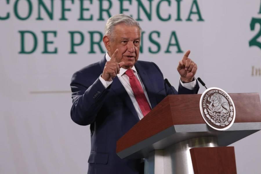 AMLO: Decisión del INE sobre Félix Salgado es un atentado a la democracia