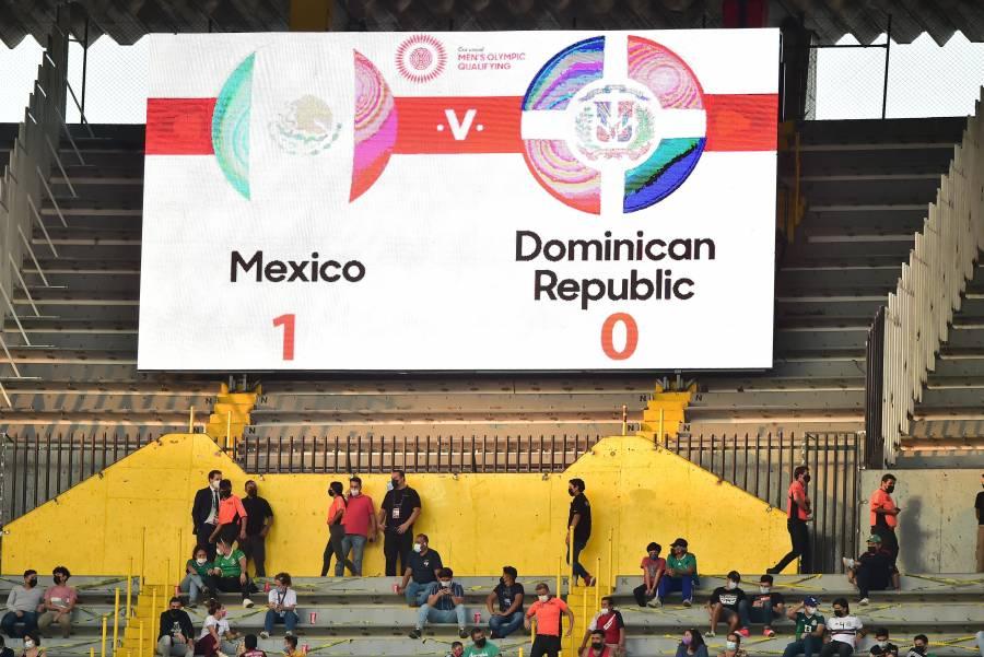 Por grito homofóbico, FIFA abre investigación contra México