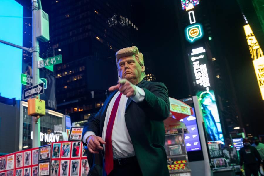 Trump lanza web para