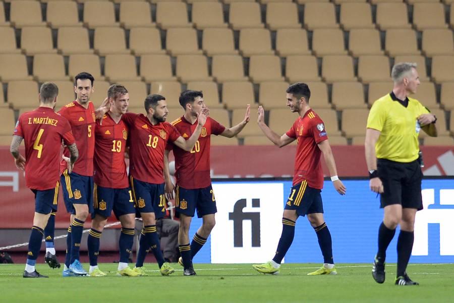 España endereza el rumbo a Qatar 2022 ante Kosovo