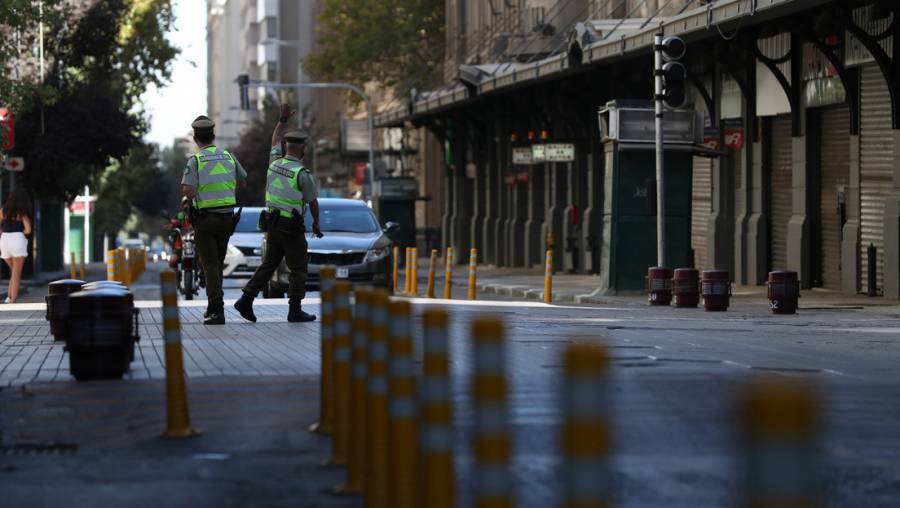 Decide Chile cerrar su fronteras todo abril por nueva ola de Covid