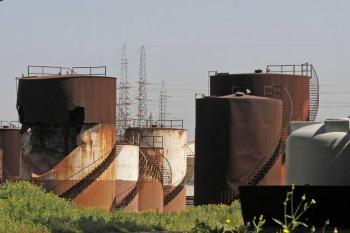 OPEP y aliados acuerdan aumentar producción petrolera a partir de mayo