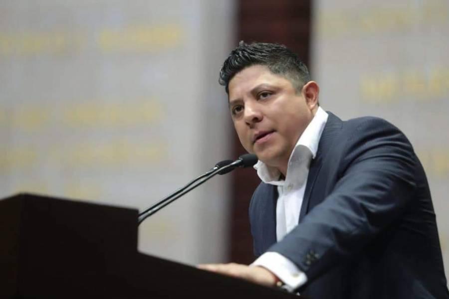 Gallardo creará mejores oportunidades para los jóvenes