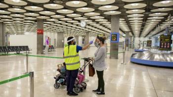 España mantiene en cuarentena a viajeros de Colombia, Perú y países africanos