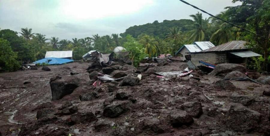 Inundaciones en Indonesia provocan al menos 43 muertos