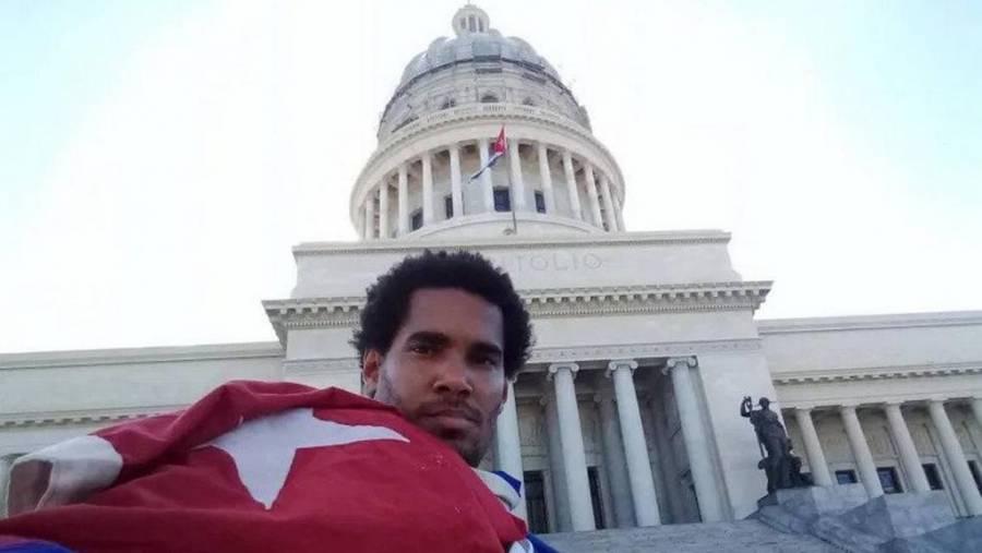 Detienen en Cuba al artista visual y activista Luis Manuel Otero